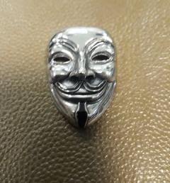 медальон анонимните 10
