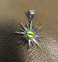 медальон слънце 010