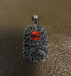 медальон око 015