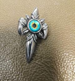 медальон стомана 005