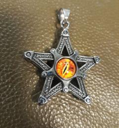 пентаграм медальон 001