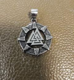стоманен медальон 001