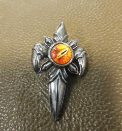медальон око 010