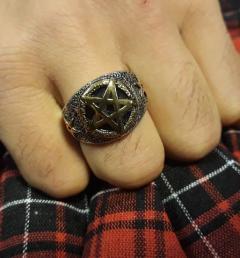 стоманен пръстен 24