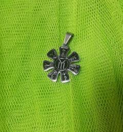 Сребърен медальон 7