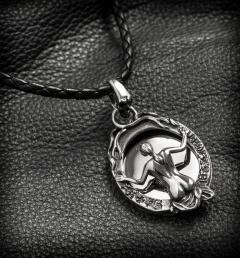 сребърни медальони 93