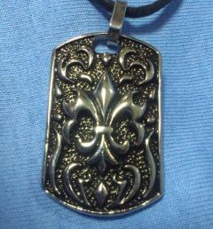 медальони стомана 151