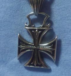 медальони стомана 52