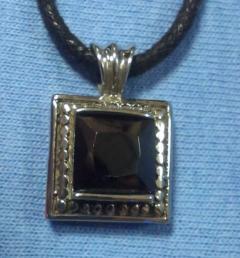 медальони стомана 67