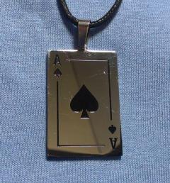 медальон покер 080