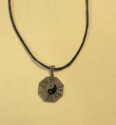 стоманен медальон 33