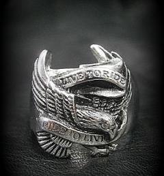 Рокерски пръстен 21