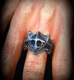 пръстен рицар 001