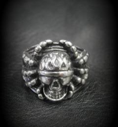 пръстен череп 018